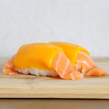 Sushi Salmón Cheddar