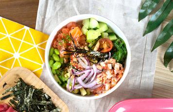 Salmón y Tampico Poké Bowl